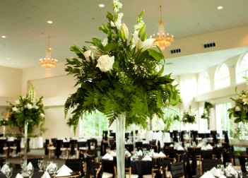Floral Table Centres Floral Centrepiece 12969012Small 351x252
